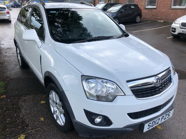 USED 2012 12 VAUXHALL ANTARA 2.2 EXCLUSIV CDTI 5d 161 BHP VERY CLEAN HIGH SPEC WELL MAINTAINED EXAMPLE WITH DOCUMENTED SERVICE HISTORY. JUST HAD A FULL 12 MONTHS MOT  AND  ALL ADVISORY HAVE BEEN DONE . BRAND NEW CLUTCH AND FLYWHEEL  FITTED BY US AND A SEVICE . ONLY 1 FORMER KEEPER FROM NEW , ALLOY WHEELS. TOW BAR. PARKING SENSORS. HEATED WINDSCREEN. FULL LEATHER INTERIOR. AUX/USB, AIR CON, 2 X KEYS