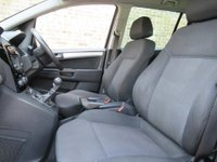 USED 2012 12 VAUXHALL ZAFIRA 1.8 i VVT 16v Exclusiv 5dr (nav) ***40000 MILES F/S/H***