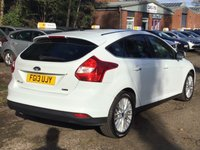 USED 2013 13 FORD FOCUS 1.0 ZETEC 5d 99 BHP PRIVACY GLASS +   FULL YEAR MOT +  SERVICE RECORD +   17 INCH ALLOYS +  CLIMATE CONTROL +  2 KEYS +