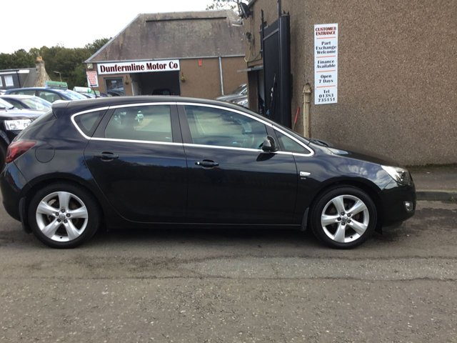 USED 2012 12 VAUXHALL ASTRA 1.6 SRI 5d 113 BHP ++LOW MILEAGE CAR COMES WITH A FREE 6 MONTHS BREAKDOWN COVER++