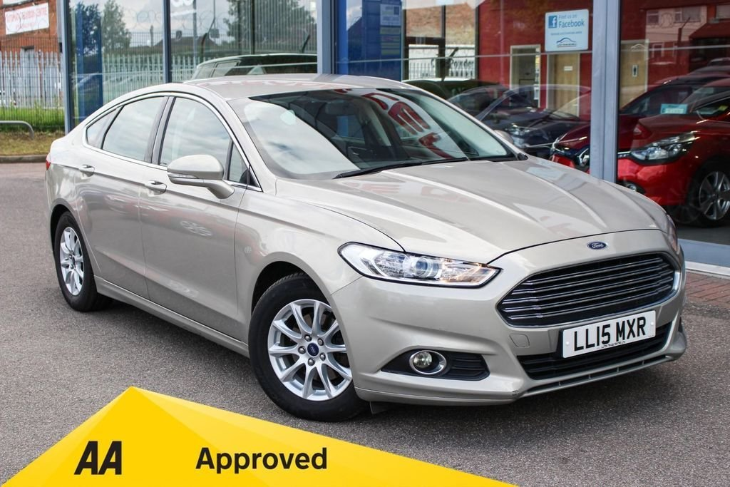 USED 2015 15 FORD MONDEO 2.0 TDCI ECONETIC ZETEC 5DR £20 TAX, NAV, B/TOOTH, 16 INCH ALLOYS & DAB