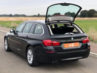 USED 2011 61 BMW 5 SERIES 2.0 520D SE TOURING 5d 181 BHP 2 OWNERS HUGE SPEC SAT NAV A/C