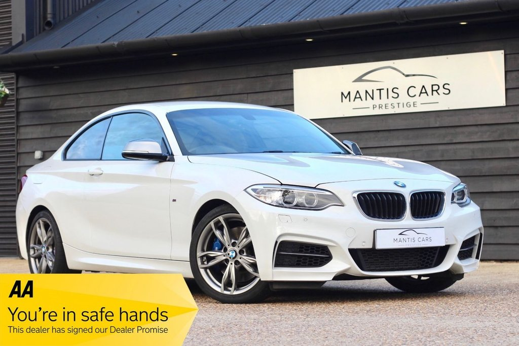 USED 2014 64 BMW 2 SERIES 3.0 M235I 2d AUTO 322 BHP