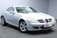 USED 2005 05 MERCEDES-BENZ SLK 1.8 SLK200 KOMPRESSOR 2d AUTO 161 BHP CONVERTIBLE+LEATHER+PARKTRONIC+NAV+AIR CON+HANDS FREE+DVD PLAYER