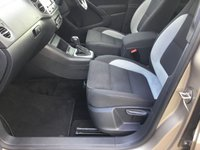 USED 2019 VOLKSWAGEN TIGUAN Volkswagen Tiguan r line
