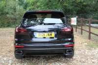 USED 2015 15 PORSCHE CAYENNE 3.0 D V6 TIPTRONIC S 5d AUTO 262 BHP Panoramic Roof, TV, 360 Cameras, PASM, Heated Seats