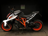 USED 2018 68 KTM 1290 SUPERDUKE R 18. FSH 1788 MILES. TRACK & PERF. AR CAN. MANY EXTRAS. 1 OWNER