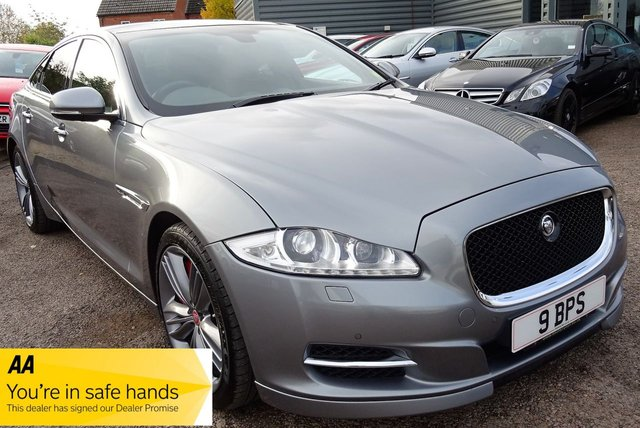 USED 2013 13 JAGUAR XJ 5.0 V8 SUPERSPORT 4d AUTO 510 BHP WHAT AN UNBELIEVABLE CAR LOADED WITH SPECIFICATION LOW MILES GREAT CONDITION AND GREAT VALUE FIRST TO DRIVE WILL BUY THIS CAR HURRY IT WILL NOT LAST LONG