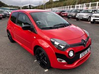 USED 2012 12 RENAULT TWINGO 1.6 RENAULTSPORT 3d 133 BHP Bright Red with Black Package, 17 inch alloys, sports seats with leather inserts