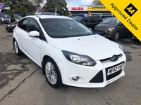 2012 FORD FOCUS 1.0 ZETEC 5d 99 BHP IN METALLIC WHITE WITH 71000 MILES, FULL SERVICE HISTORY, A GREAT SPEC AND IS ULEZ COMPLIANT £4999.00