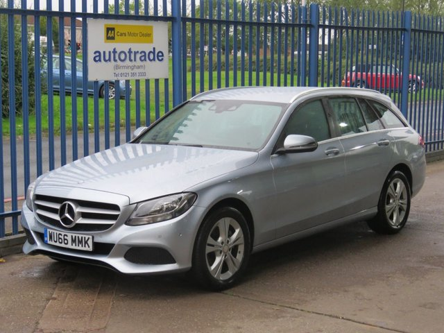 USED 2016 66 MERCEDES-BENZ C-CLASS 2.1 C 220 D SE EXECUTIVE EDITION 5dr Sat nav Rear camera Leather Cruise Alloys ULEZ COMPLIANT Ulez compliant £30 Tax-Mercedes History-Full Colour Sat Nav