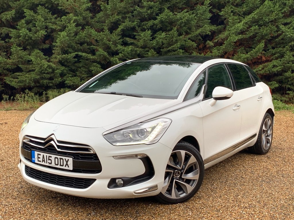 USED 2015 15 CITROEN DS5 2.0L HDI DSTYLE 5d AUTO 161 BHP