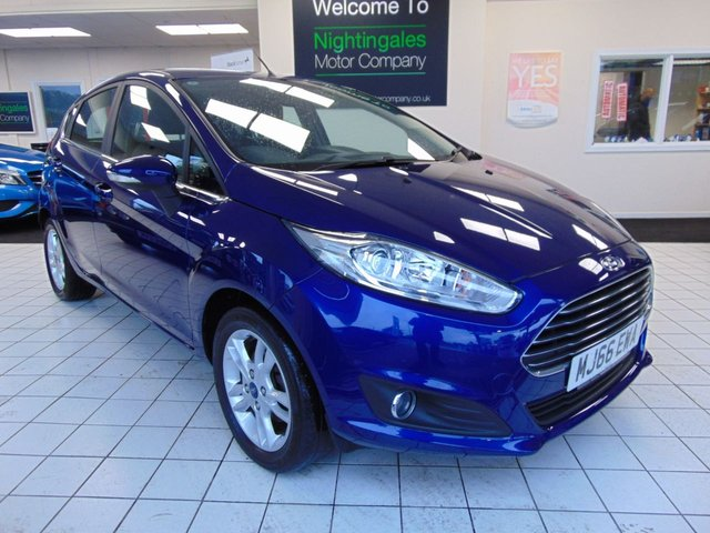 USED 2016 66 FORD FIESTA 1.2 ZETEC 5d 81 BHP SERVICE HISTORY + OCTOBER 2020 MOT + BLUETOOTH + AIR CONDITIONING + HEATED FRONT SCREEN +  ALLOYS + DAB RADIO + ABS + CENTRAL LOCKING + ELECTRIC WINDOWS + PRIVACY GLASS + LOW MILES