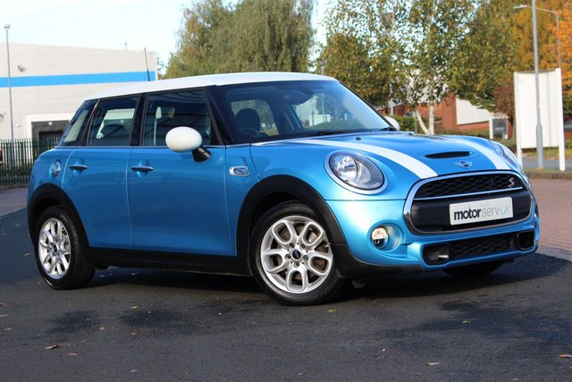 USED 2015 15 MINI HATCH COOPER 2.0 COOPER S 5d AUTO 189 BHP