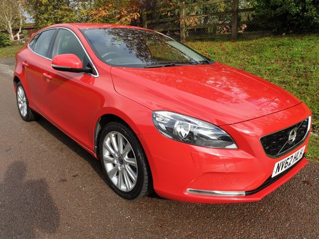 USED 2012 62 VOLVO V40 2.0 D3 SE 5d 148 BHP **MOT 04/08/2020**FUL SERVICE HISTORY**£30 A YEAR ROAD FUND**SUPERB DRIVE**