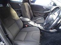 USED 2013 63 VOLVO V40 2.0 D3 ES NAV 5d AUTO 148 BHP AUTOMATIC*NAVIGATION*FSH