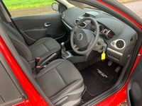 USED 2011 61 RENAULT CLIO 1.2 16v Expression 5dr 2 Owners ! Low Mileage !