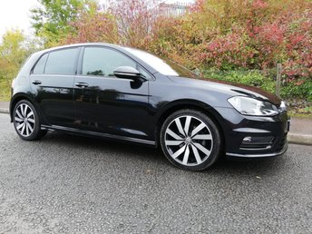 2017 VOLKSWAGEN GOLF 2.0 R LINE EDITION TDI BLUEMOTION TECHNOLOGY 5d 148 BHP £14495.00