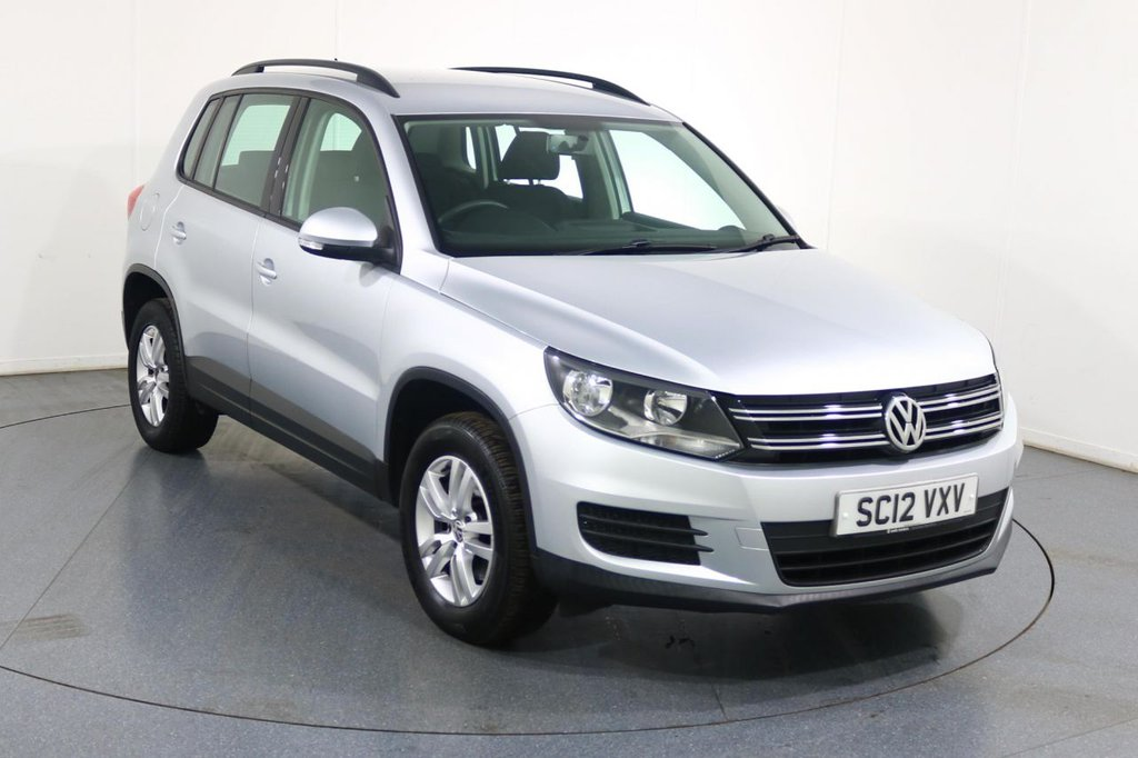 USED 2012 12 VOLKSWAGEN TIGUAN 2.0 S TDI BLUEMOTION TECHNOLOGY 4MOTION 5d 138 BHP 2 OWNERS with 8 Stamp SERVICE HISTORY