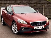 2015 VOLVO V40 1.6 D2 CROSS COUNTRY LUX NAV 5d 113 BHP £8995.00