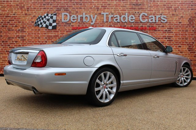 JAGUAR XJ at Derby Trade Cars