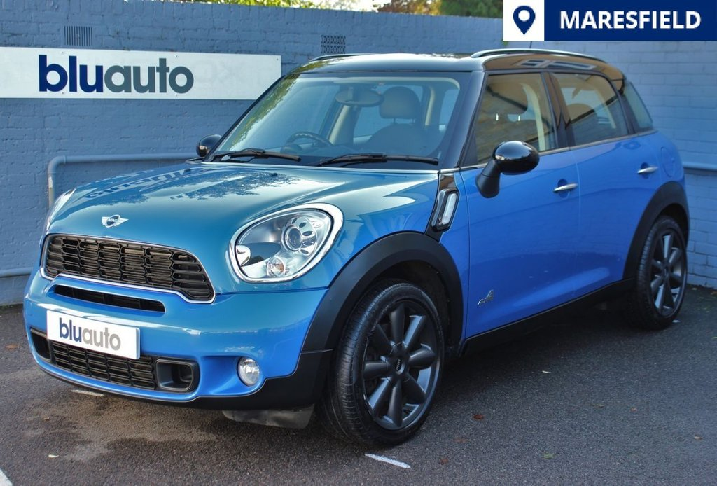 USED 2011 11 MINI COUNTRYMAN 1.6 COOPER S ALL4 5d 184 BHP 2 Owners, Full Mini History, Rear Sensors, Electric Sun Roof, Cruise Control, Part Leather Seats, Climate Control, Heated Mirrors,