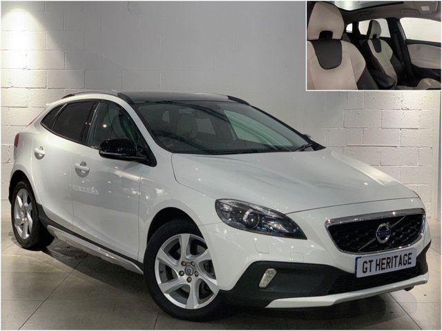 2015 15 VOLVO V40 2.0 D4 CROSS COUNTRY LUX NAV [PAN]