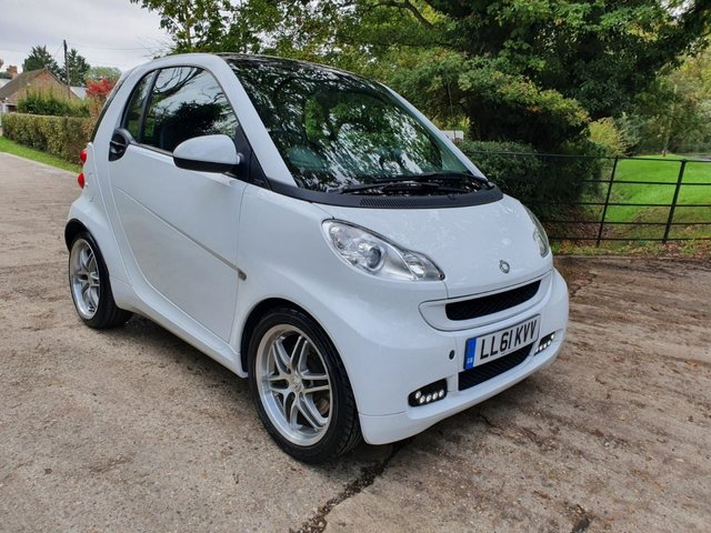 2012 61 SMART FORTWO 1.0 PASSION 2d AUTO 84 BHP