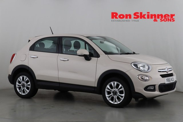 View our 2016 66 FIAT 500X 1.6 MULTIJET POP STAR 5d 120 BHP