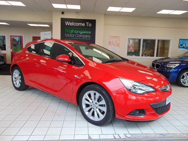 USED 2015 15 VAUXHALL ASTRA 2.0 GTC SRI CDTI S/S 3d 162 BHP VERY LOW MILES + FULL DEALER SERVICE HISTORY + LONG MOT + CRUISE CONTROL + DAB RADIO + STOP START SYSTEM +  SPORTS SEATS + ELECTRIC WINDOWS + CENTRAL LOCKING + ALLOYS + ISOFIX +