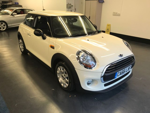 USED 2017 66 MINI HATCH ONE 1.2 ONE 3d AUTO 101 BHP 1 LADY OWNER FROM NEW, STOP/START, KEY-LESS GO, BLUETOOTH PHONE PREPARATION.