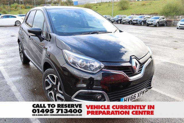 View our 2016 66 RENAULT CAPTUR 0.9 DYNAMIQUE S NAV TCE 5d 90 BHP