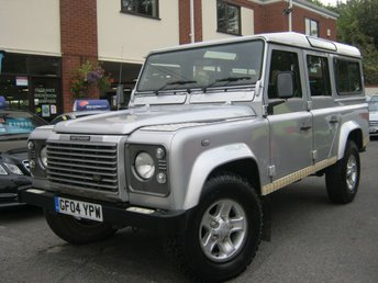 2004 LAND ROVER DEFENDER 2.5 110 TD5 XS STATION WAGON 5d 120 BHP £14995.00