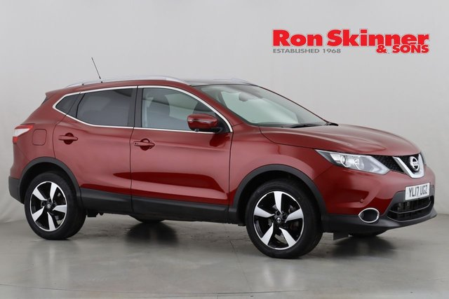 View our 2017 17 NISSAN QASHQAI 1.2 N-CONNECTA DIG-T XTRONIC 5d AUTO 113 BHP