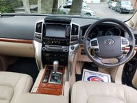 USED 2015 15 TOYOTA LAND CRUISER V8 4.5 D-4D V8 5d AUTO 268 BHP