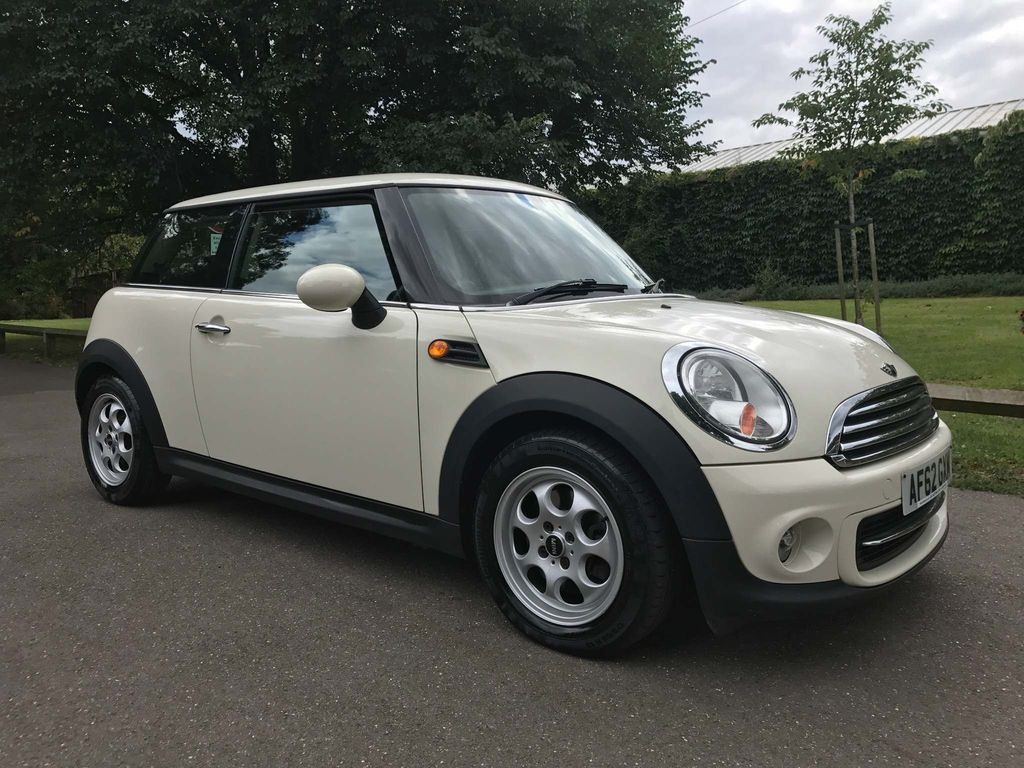 USED 2012 62 MINI HATCH 1.6 Cooper London 12 3dr 1 OWNER FULL SERVICE HISTORY !