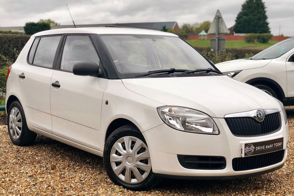USED 2010 59 SKODA FABIA 1.2 LEVEL 1 HTP 5d 59 BHP 2 OWNERS FROM NEW!