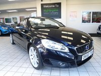 """USED 2010 60 VOLVO C70 2.5 T5 SE LUX 2d AUTO 230 BHP A RARE BEAST - A VOLVO C70 CONVERTIBLE T5 SE LUX... LATER MODEL, MAGIC BLUE, LIGHT BEIGE LEATHER, SAT NAV, HEAED SEATS, ELECTRICALLY OPERATED SEATS, 18"""" ALLOYS, ONE OWNER, FULL VOLVO SERVICE HISTORY - OUTSTANDING VALUE"""