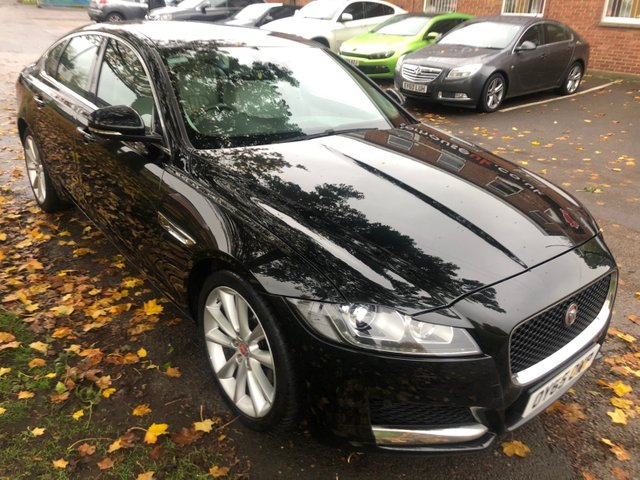 USED 2015 65 JAGUAR XF 2.0 PORTFOLIO 4d AUTO 177 BHP EXCELLENT EXAMPLE WITH ALLOY WHEELS, PARK SENSORS, HEATED WINDSCREEN, HEATED LEATHER SEATS., RADIO/CD/AUX/USB, CRUISE CONTROL, CLIMATE CONTROL, SATELLITE NAVIGATION