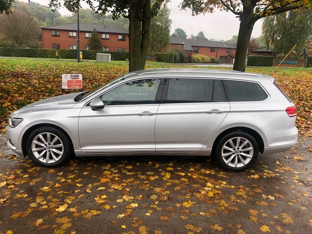 USED 2016 16 VOLKSWAGEN PASSAT 2.0 SE BUSINESS TDI BLUEMOTION TECHNOLOGY 5d 148 BHP EXCELLENT EXAMPLE WITH ALLOY WHEELS, PARK SENSORS, CRUISE CONTROL, CLIMATE CONTROL, ELECTRIC WINDOWS, ELECTRIC DOOR MIRRORS