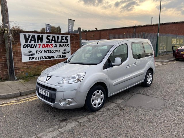 2011 61 PEUGEOT PARTNER 1.6 TEPEE S HDI 5d 92 BHP*LOW MILES 17K**FINANCE AVAILABLE**