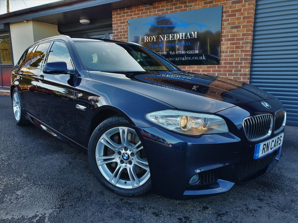 USED 2013 13 BMW 5 SERIES 2.0 525D M SPORT TOURING 5DR AUTO 215 BHP *** SAT NAV - HEATED LTHR - SENSORS ***