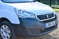 USED 2015 65 PEUGEOT PARTNER 1.6 HDI PROFESSIONAL 625 92 BHP AIRCON, SENSORS, B'TOOTH, DAB! NEW SERVICE + MOT (NO ADVISORIES)