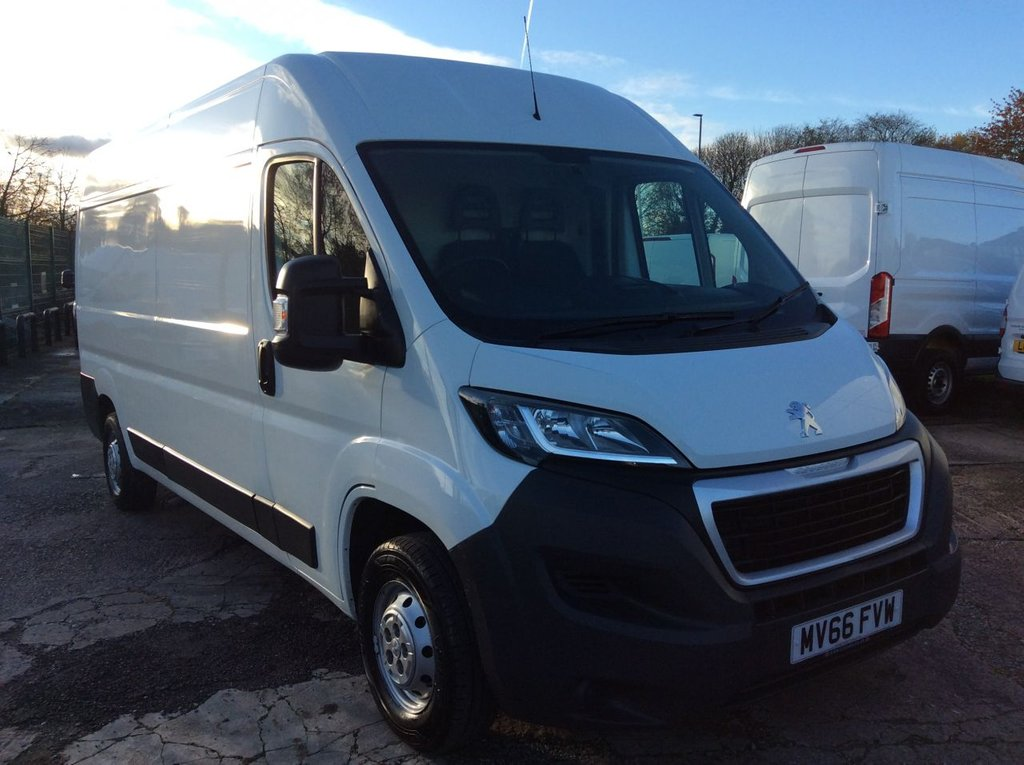 USED 2016 66 PEUGEOT BOXER LWB 2.0 BLUE HDI 335 L3H2 PROFESSIONAL 130 BHP 1 OWNER NEW MOT FREE AA WARRANTY INCLUDING RECOVERY AND ASSIST NEW MOT EURO 6 SPARE KEY SATELLITE NAVIGATION AIR CONDITIONING CRUISE CONTROL ELECTRIC WINDOWS AND MIRRORS BLUETOOTH REAR PARKING SENSORS 6 SPEED