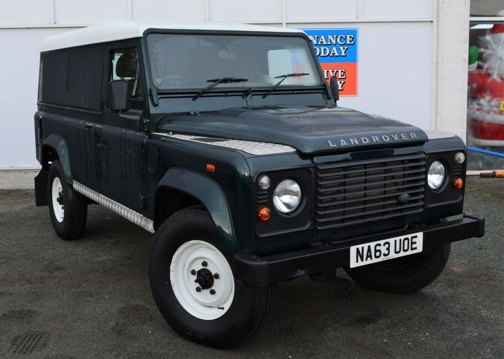 USED 2013 63 LAND ROVER DEFENDER 110 2.2 TD HARD TOP 122 BHP ** LOW MILEAGE FOR AGE**