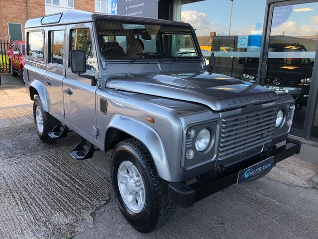 2013 13 LAND ROVER DEFENDER 2.2 TD COUNTY STATION WAGON 122 BHP