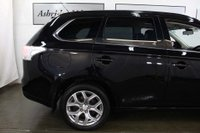 USED 2014 64 MITSUBISHI OUTLANDER 2.0 PHEV GX4hs 4x4 5dr (5 seats) REAR ENTERTAINMENT! SUNROOF!