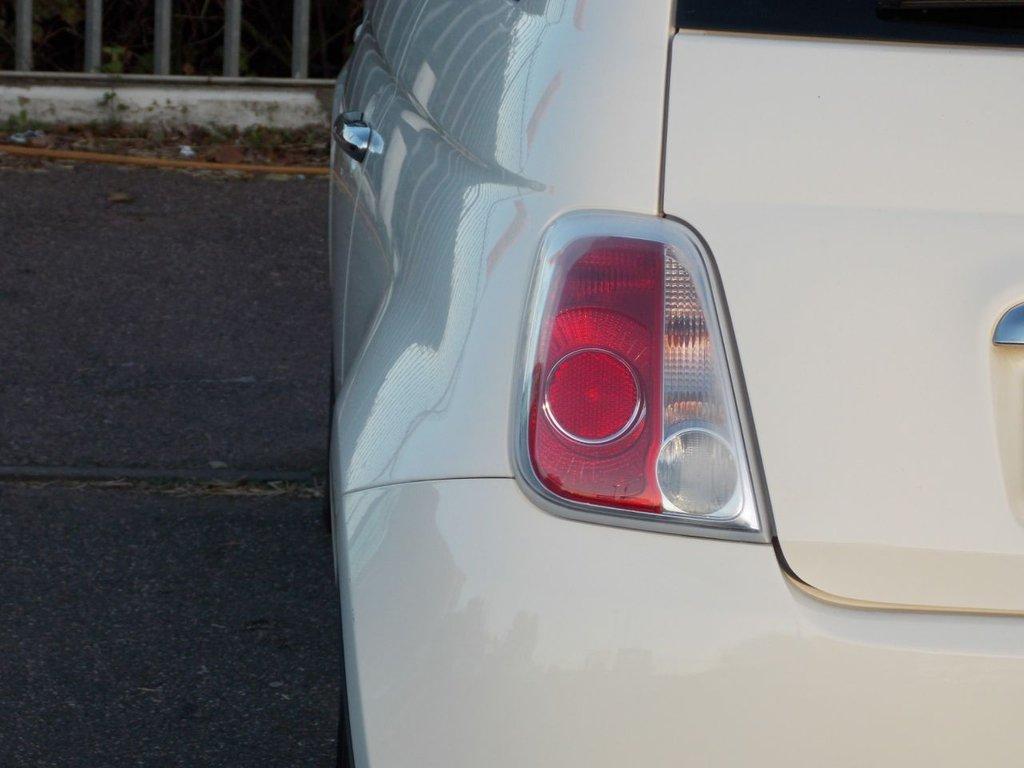 USED 2010 59 FIAT 500 1.2 LOUNGE 3d 69 BHP