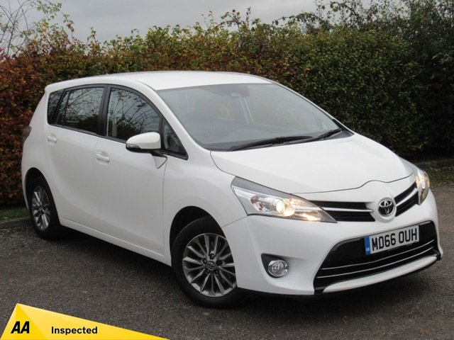 USED 2017 66 TOYOTA VERSO 1.6 VALVEMATIC ICON 5d * FULL TOYOTA SERVICE HISTORY *
