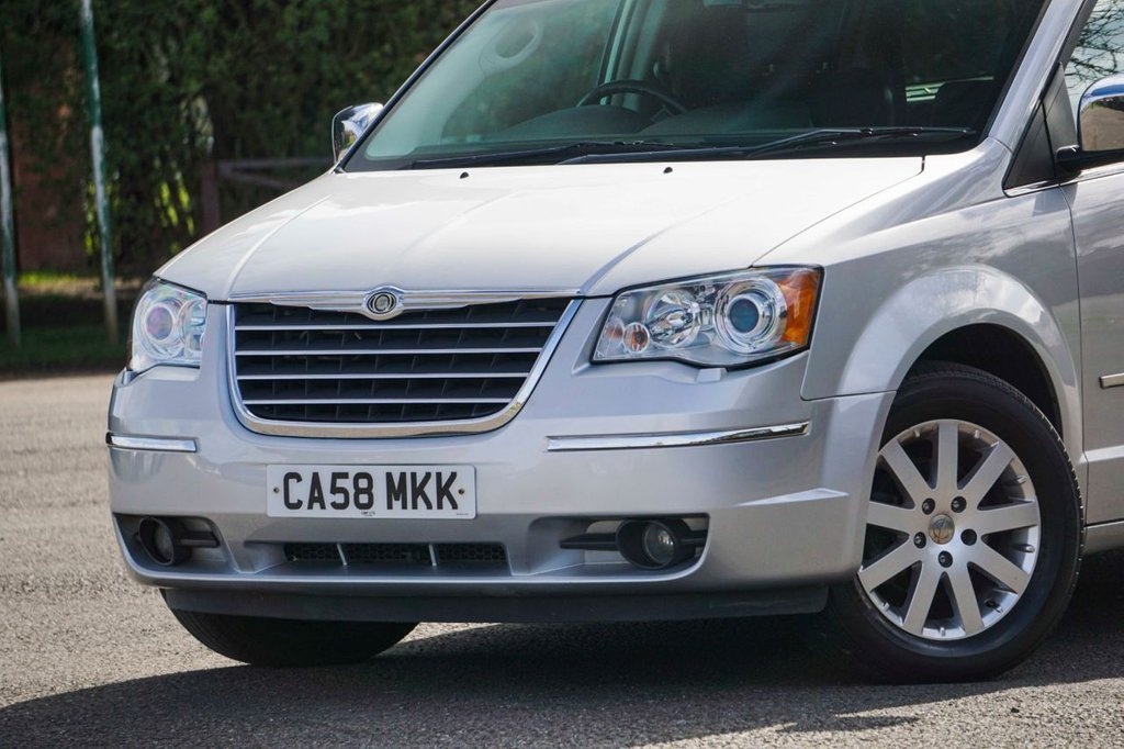 USED 2008 58 CHRYSLER GRAND VOYAGER 2.8 CRD LIMITED 5d AUTO 178 BHP FULL SERVICE HISTORY Top of The Range